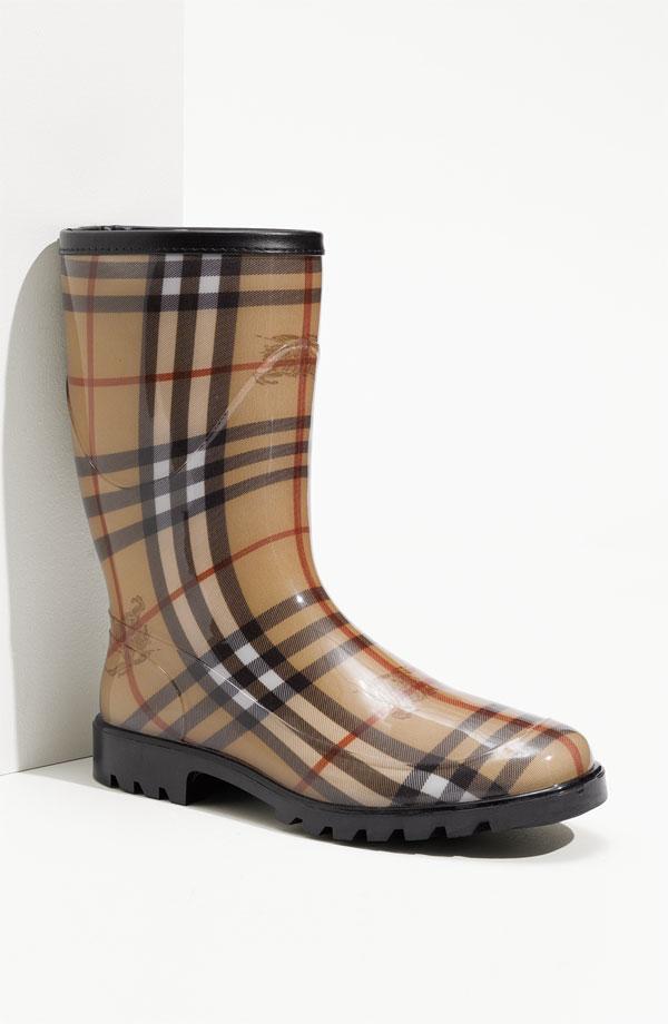 Fendi rain boots for men